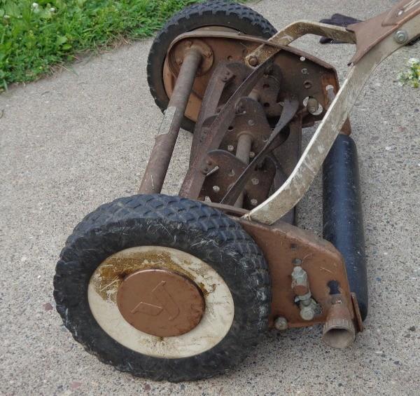 Value Of Vintage Reel Mower Thriftyfun
