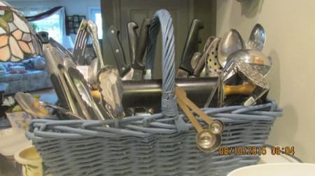 Organizing Kitchen Utensils