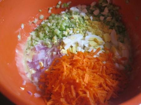 chopped veggies with sauce