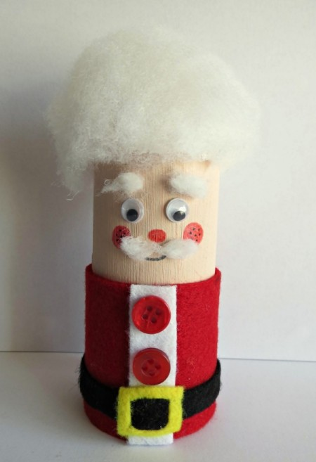 Toilet Roll Father Christmas - adding a belt