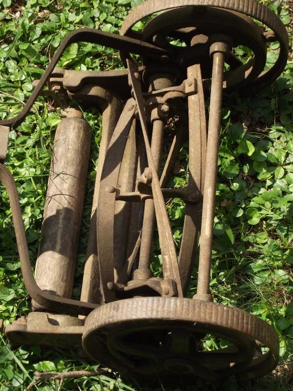 Value Of Antique Reel Mower Thriftyfun