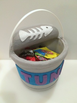 Tuna Can Trick-Or-Treat Bucket