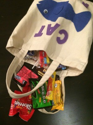 Cat Food Trick-or-Treat Bag