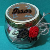 decorated jar of hot chocolate for one