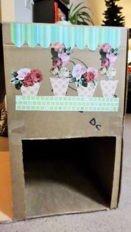 Cardboard Kitty Cottage