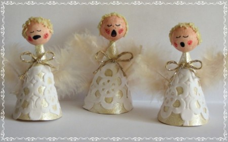 Miniature Singing Angel Choir