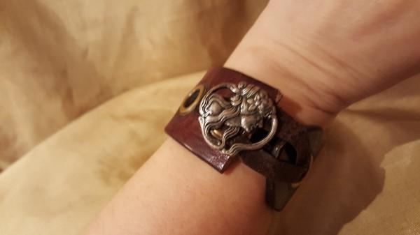Making Leather Belt Bracelets Thriftyfun