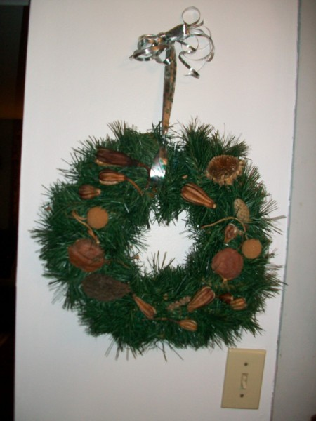 Natural Wreath of Memories - wreath hanging