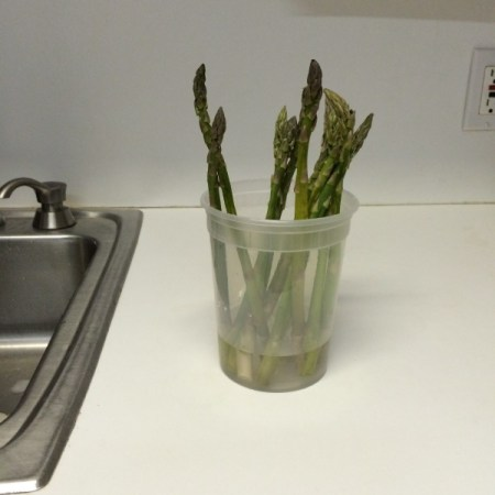 Keep Asparagus Fresh