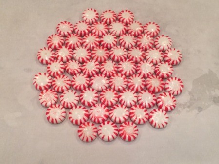Peppermint Candy Bowls - making larger bowl by arranging all peppermints at once