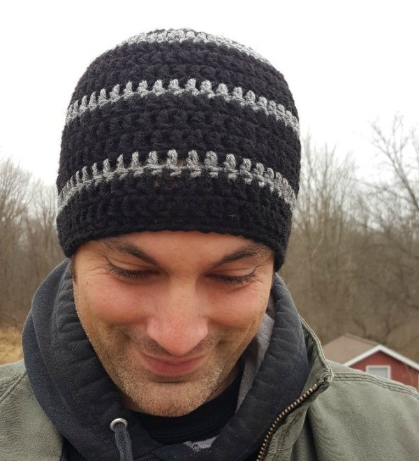 How to Make a Men s Crocheted Skull-Cap  a46083a2c92