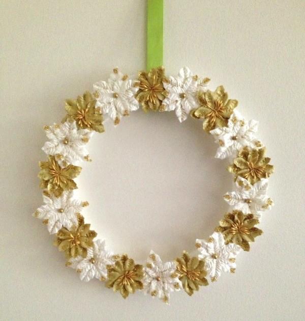 Making A Paper Poinsettias Wreath Thriftyfun