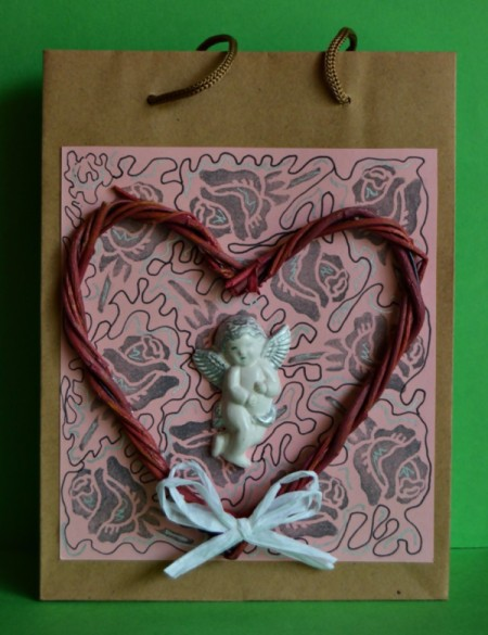 Cupid's Love Gift Bag - bow attached to bottom of heart shape