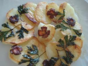 Potato Tahdig (Crispy Potato Cake)