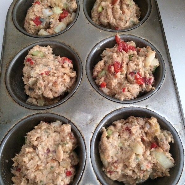 Baked Salmon Cakes In Muffin Tins