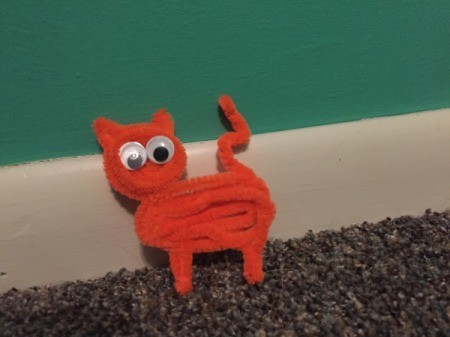 Pipe Cleaner Cat - cat shaped from a pipe cleaner