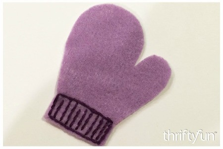 Making a Felt Mitten Ornament
