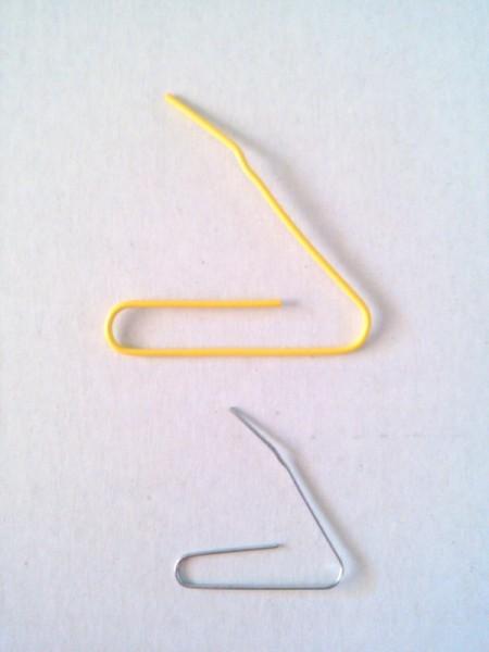 Paper Clip Mini Hangers for Barbie Clothes