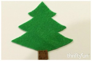 Making a Felt Christmas Tree Ornament