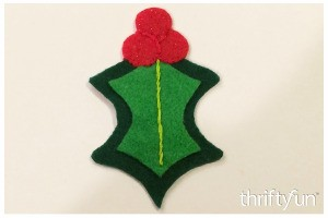 Making Felt Holly Ornaments