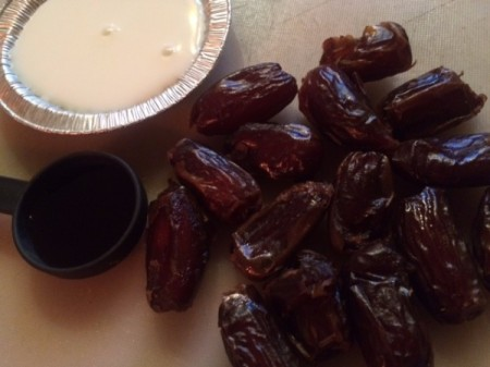 Healthiest Caramel Dip from Dates