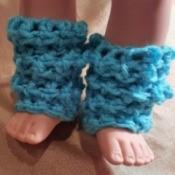 blue crocheted leg warmers