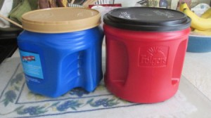 Uses for Large Plastic Coffee Jugs