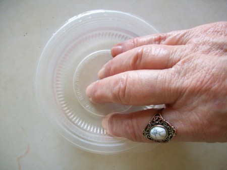 Dry Nails Quickly with Ice Water