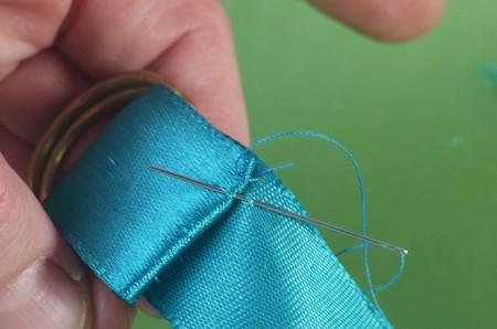 Easy Ribbon Tie for Serviettes (Napkins)