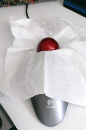 Clean Your Trackball with a Tissue