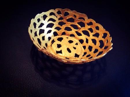 gold glue basket bowl