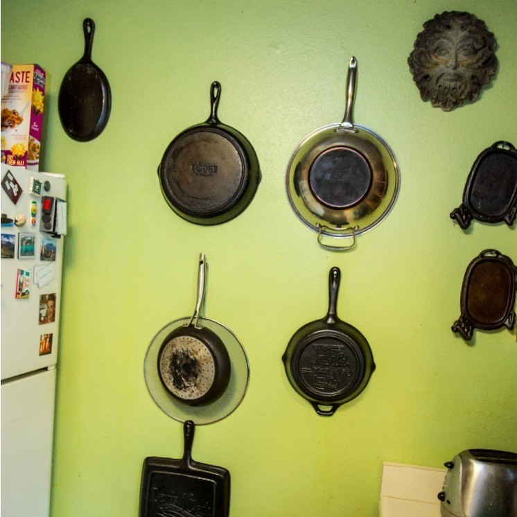 Hang Flat Pans On Kitchen Wall Thriftyfun