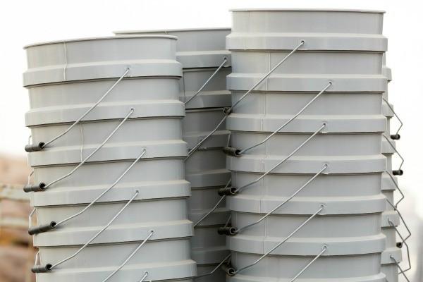 Storing 5 Gallon Plastic Buckets Thriftyfun