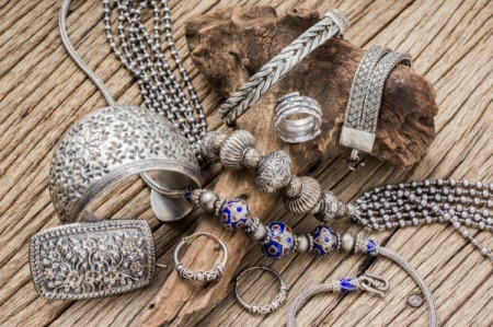 Finding Silver Jewelry at Thrift Shops