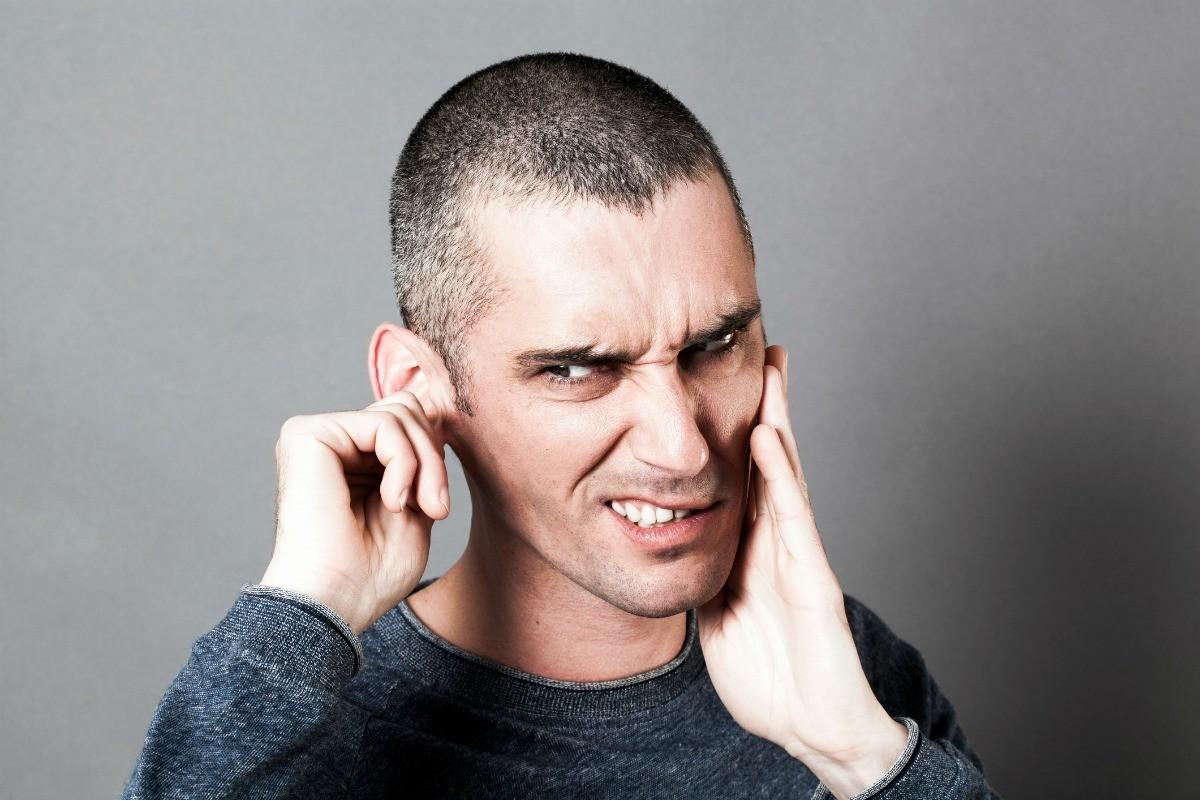 نتيجة بحث الصور عن Man + ear pain