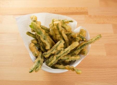 Tempura fried green beans