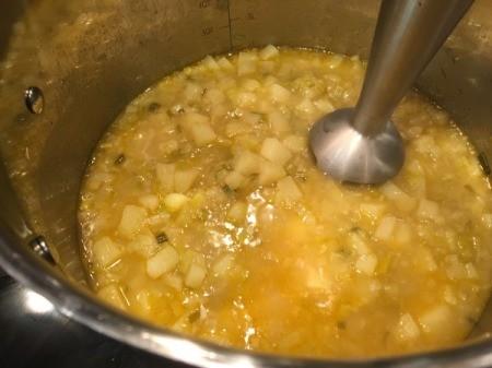 Stovetop Potato Leek Soup