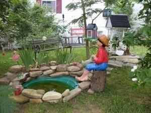 Garden: Decorative Pond