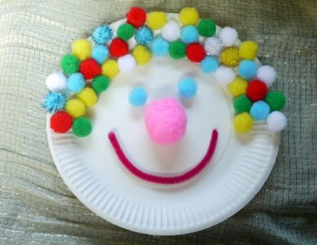 clown paper plate face