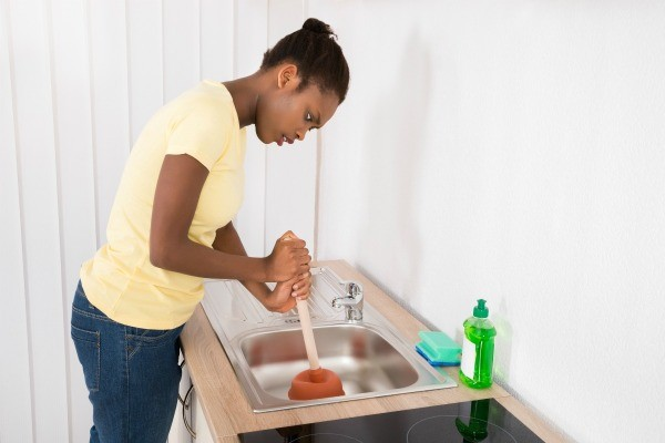 Garbage disposal backs up into sink thriftyfun - Clogged kitchen sink without garbage disposal ...