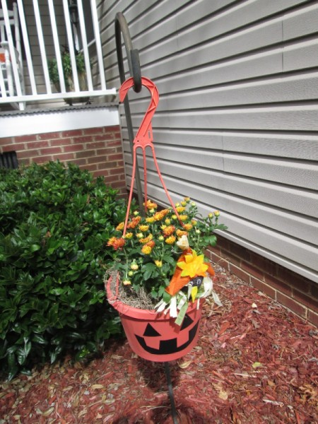 Recycle Hanging Baskets for Halloween