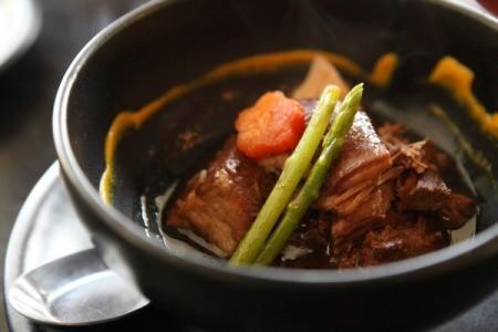Braised Pork in Soy Garlic Sauce