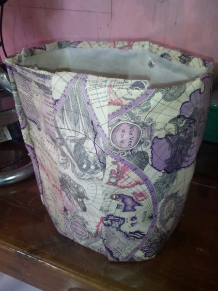Converting a Tote Bag into a Trash Can