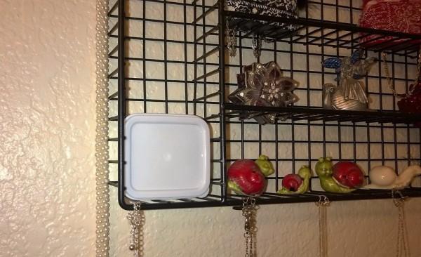 Unique pill box holder thriftyfun for Creative silverware storage