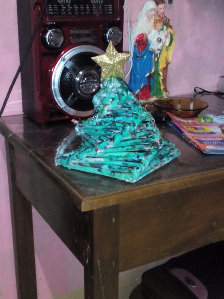 Table Top Newspaper Christmas Tree