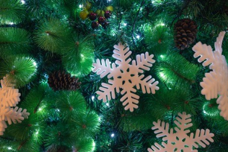 Fixing Pre-Lit Christmas Tree