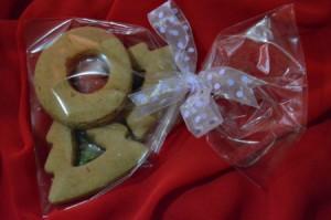 cellophane bag of cookies