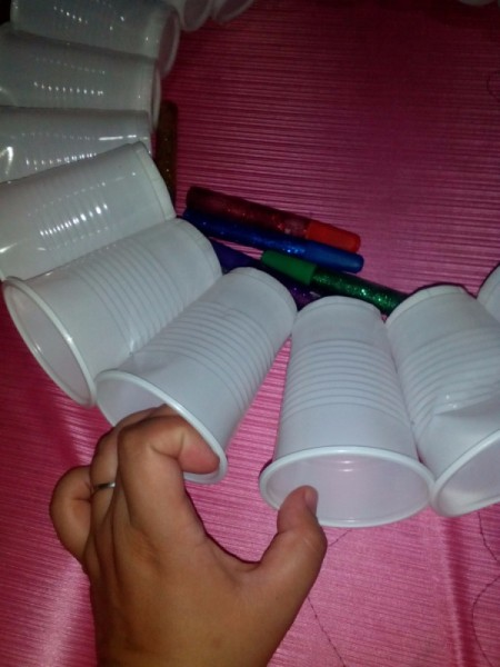 Making a Disposable Cup Christmas Chandelier
