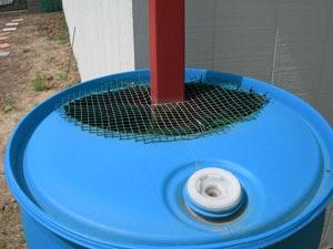 water-barrel-top300x225.jpg