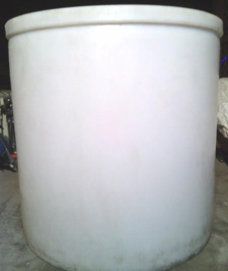 clean white cylinder